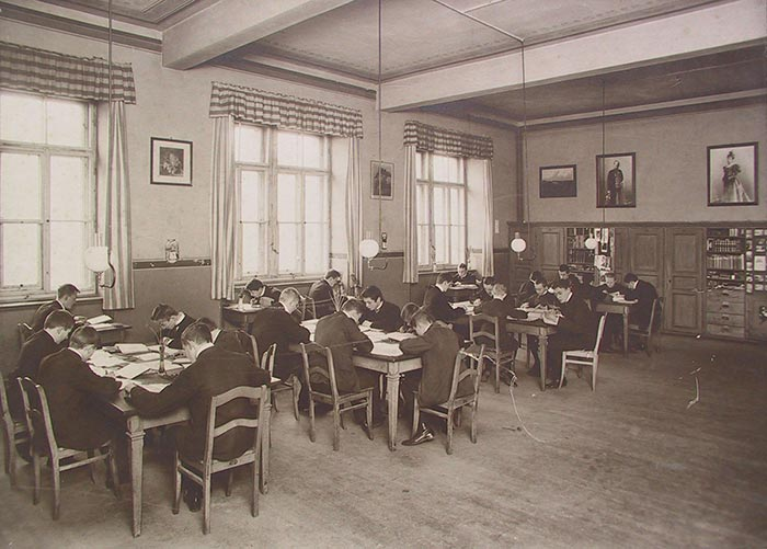 Arbeitszimmer, um 1925