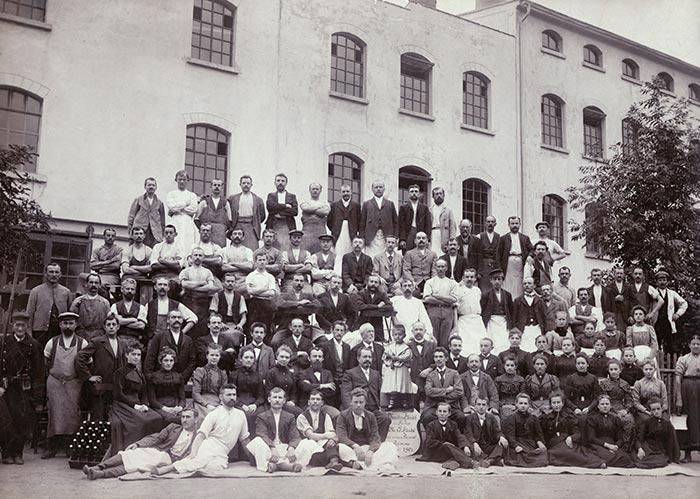 Mitarbeiter der Handschuhfabrik, 1901