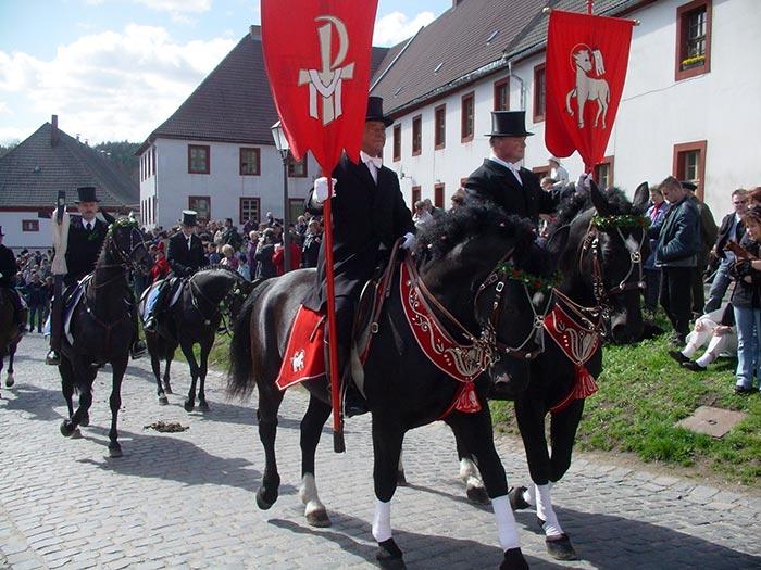 Osterreiten in Panschwitz-Kuckau