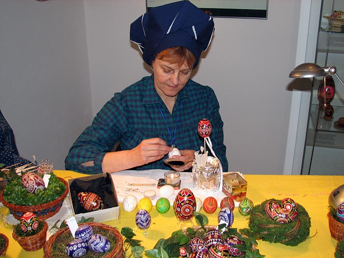 Cornelia Thor am Ostersonntag im Kreismuseum